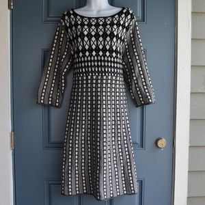 * Black/White Print Knit Dress by NY Collection